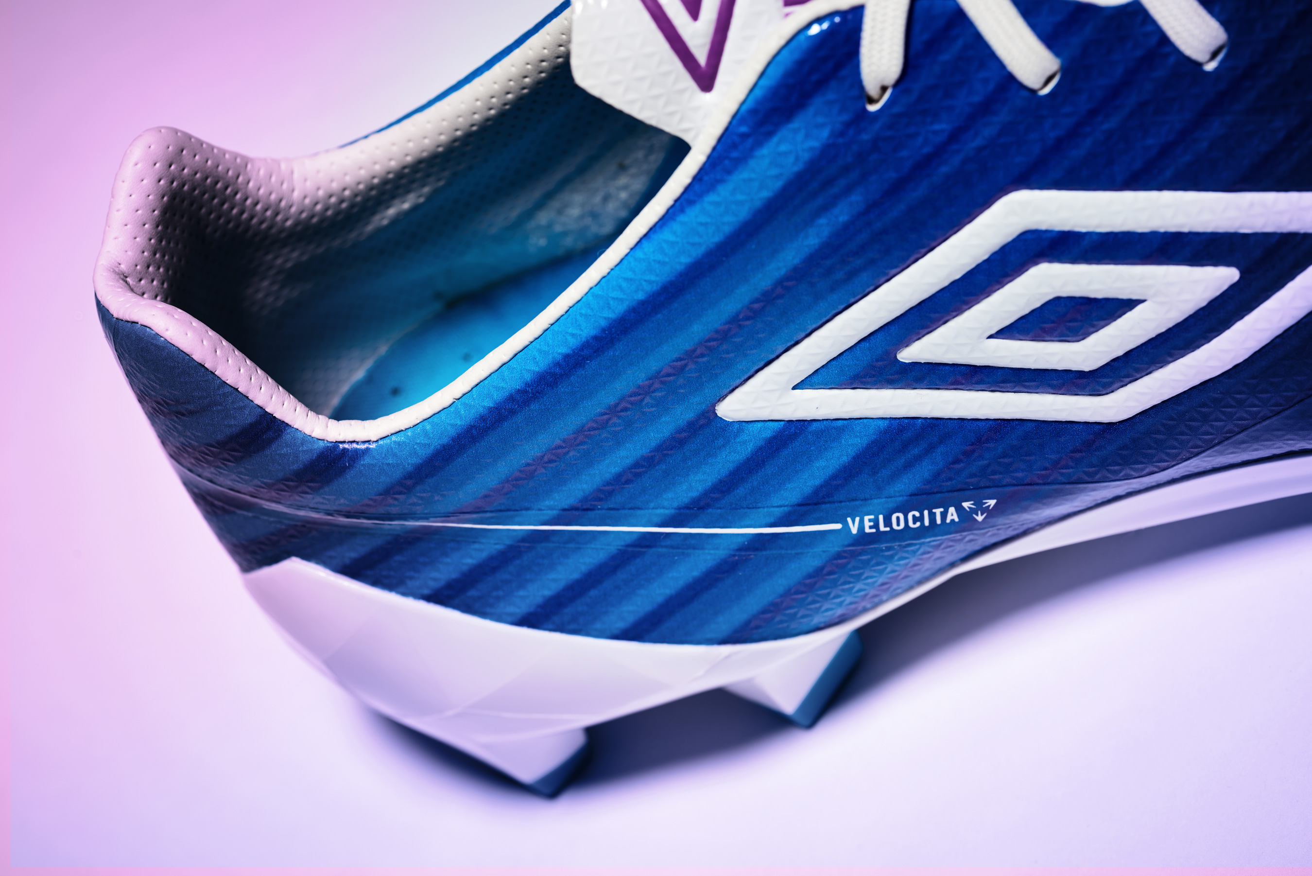 ms_umbro_aw16_velocita_blue_colour_035
