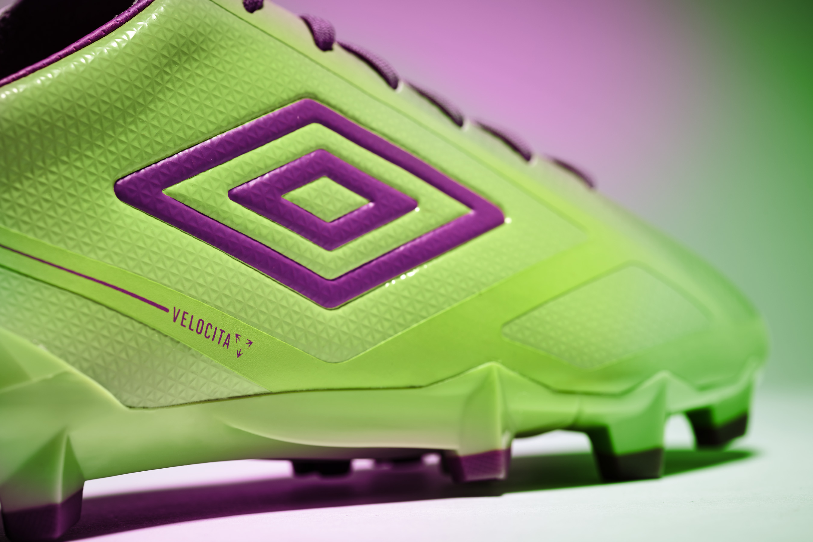 ms_umbro_aw16_velocita_purple_colour__015